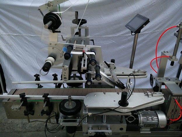 Хятад PLC Алдартай Японы MITSUBISHI брэндийн хавтгай гадаргуутай шошго түрхэгч нь нүдний илбэ үзүүлдэг