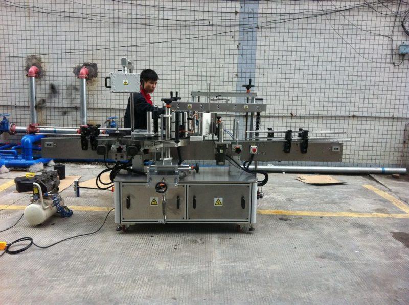 Хятад гэрийн тэжээмэл лонхны урд болон хойд талын бүрэн автомат наалдамхай дугуй лонх шошголох машин